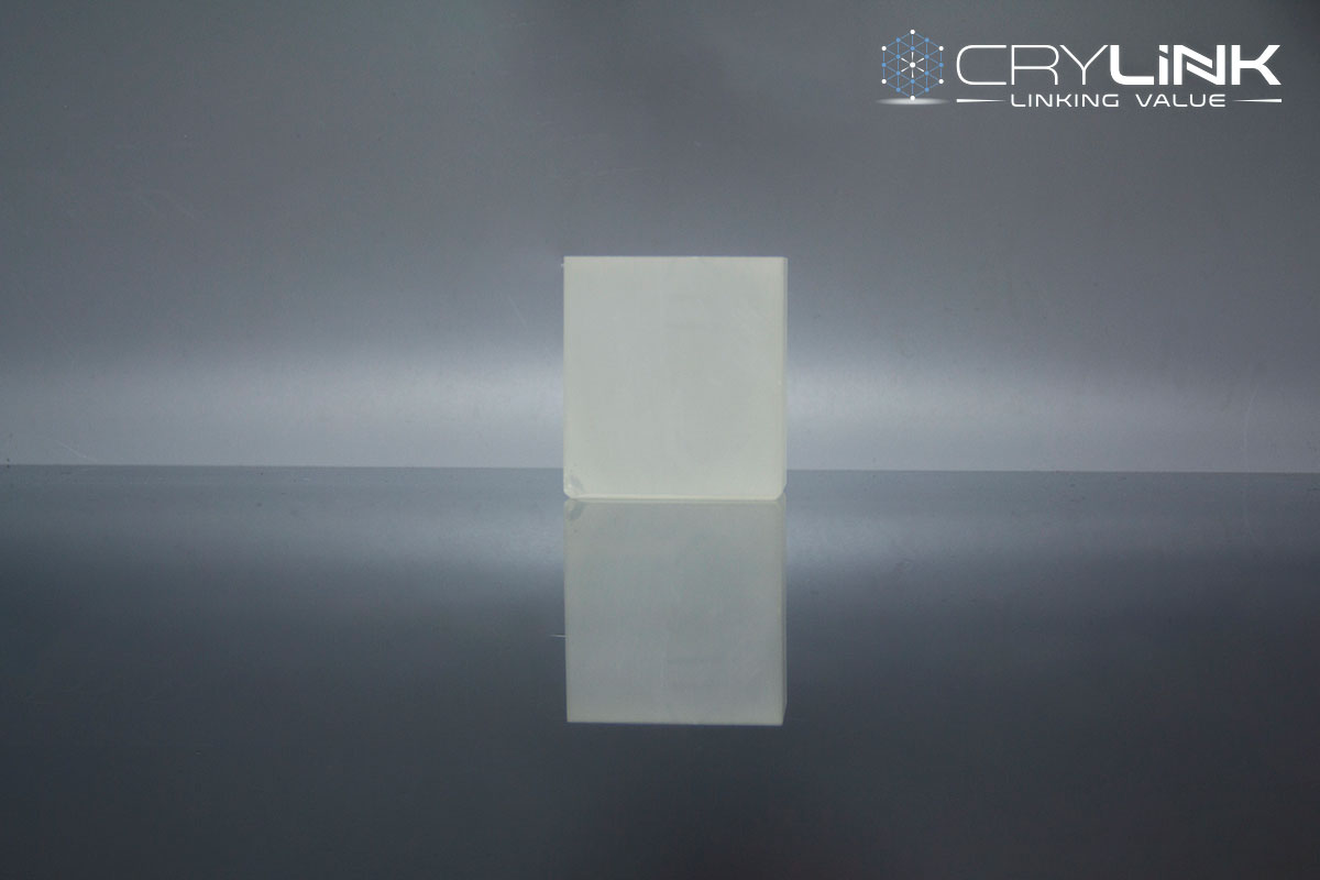 KNbO3 Nonlinear Crystal - Laser Crylink